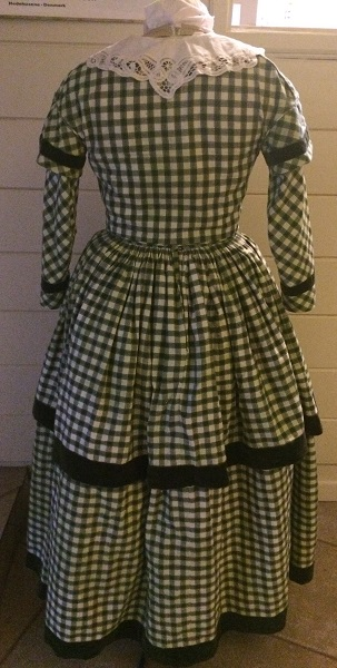 1840s Reproduction Green Plaid Daydress Back