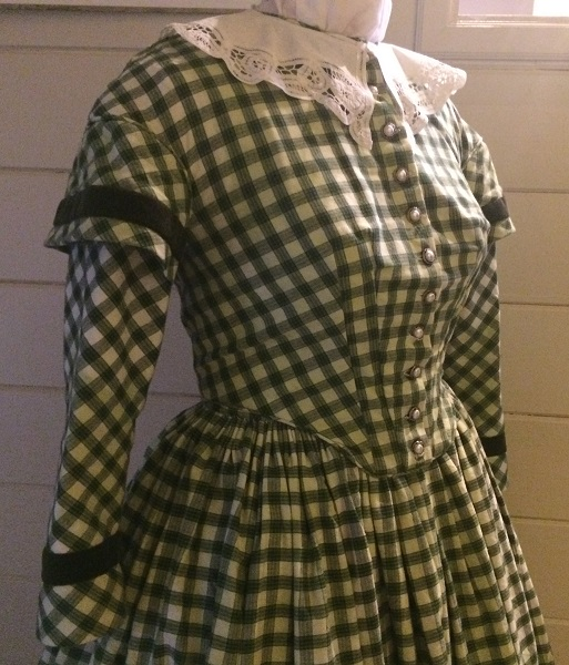 1840s Reproduction Green Plaid Bodice Right 3/4 View