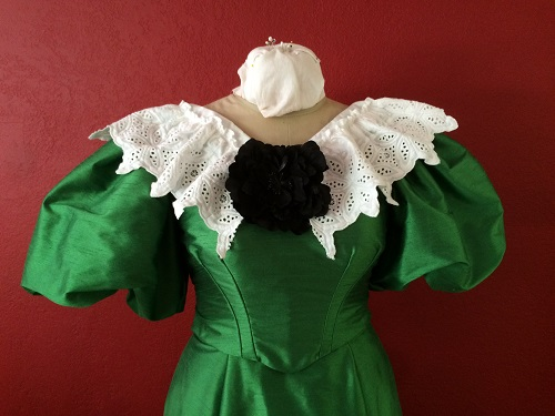 1890s Reproduction Green Ball Gown Bodice Front.