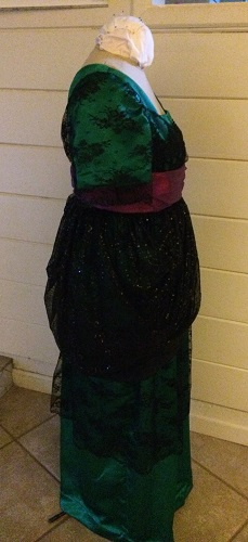 1910s Reproduction Green and Black Evening Dress Right