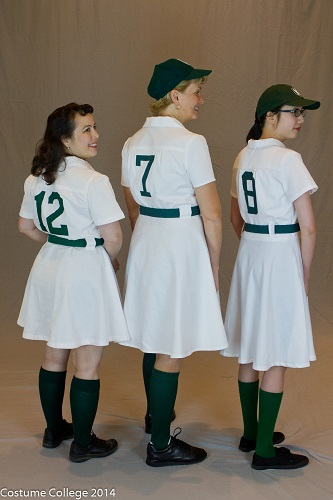 1940\'s Womens\' Baseball Uniform Tutorial